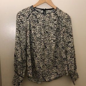 ZARA BASIC BLOUSE size XS black and white